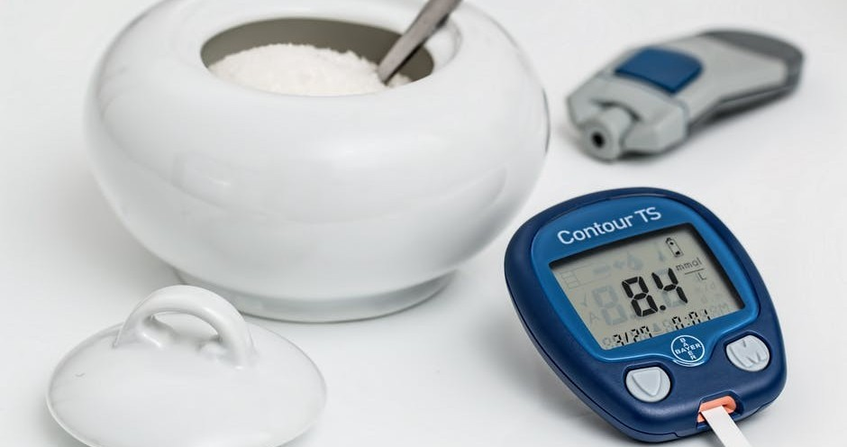 How to Check the Accuracy of a Glucose Meter? Accuracy of Home Blood Glucometer vs. Professional Glucose Meter vs. Lab Blood Glucose Test