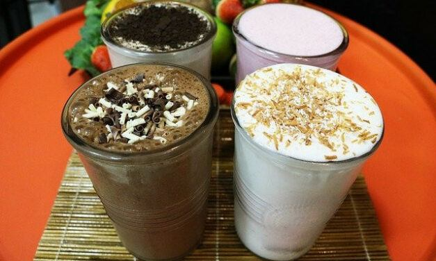 The Guide To Best Protein Drinks For Diabetes – 7 Best Protein Powders and Shakes with Serving Tips