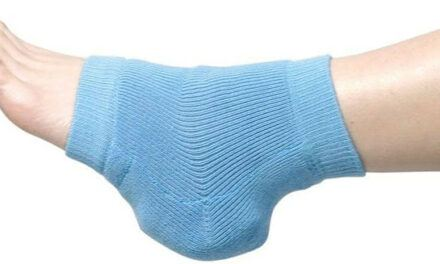 Review of Heelbo Heel and Elbow Protectors  – Can the 'Sock' Pads Help Reducing Scratches, Injuries and Pain from Leg and Elbow Bumps?