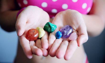 8 Best Gemstones for Anxiety and Depression