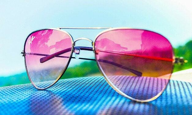 Do Migraine Relief Glasses Work? – The Best Migraine Glasses and Specs