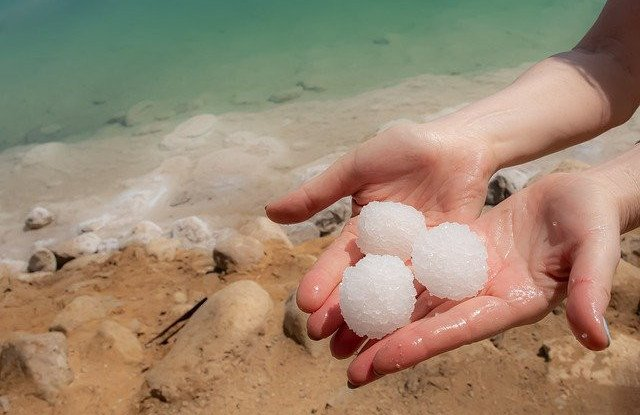 Sea Salt vs Dead Sea Salt – Which One is Best for Diabetes and High Blood Pressure?